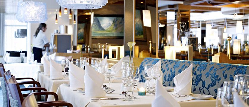 Alexandra Hotel, Loen, Norway - dining.jpg